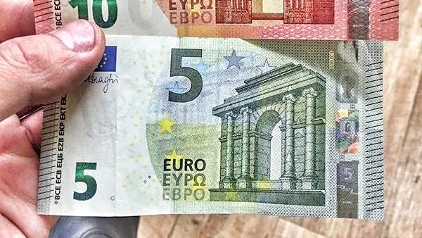 Bollinger Bands forecast EUR/USD on April 21, 2017